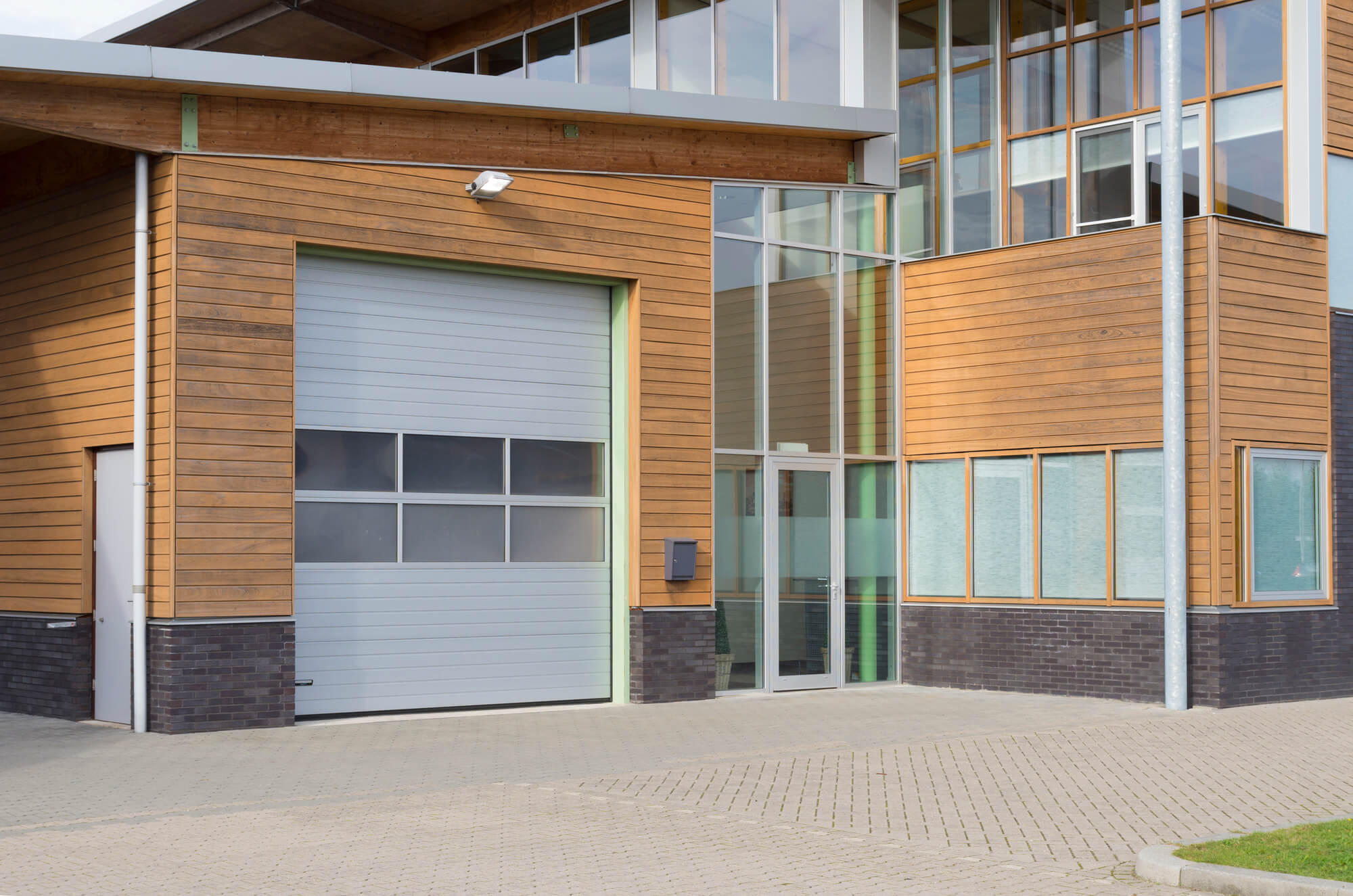 commercial security shutters